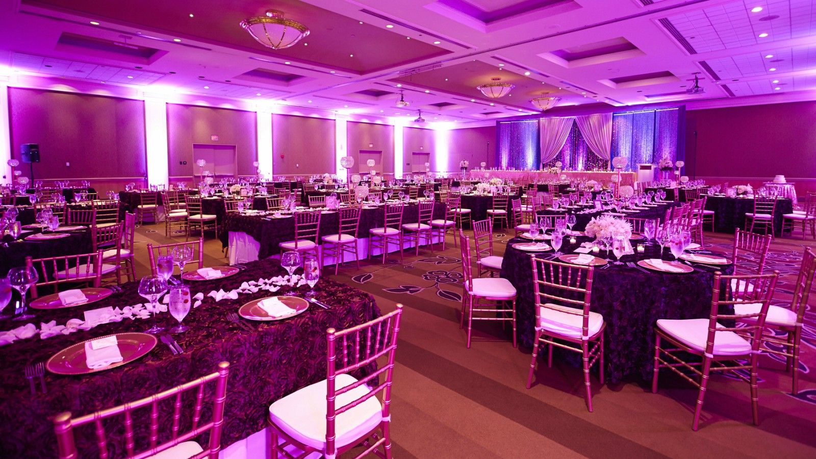 Downtown Calgary Wedding Venues - Wedding Set-Up